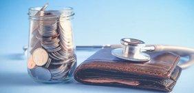 Stethoskop und Geldbörse