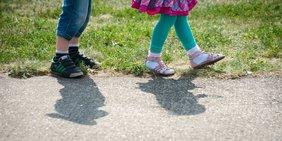 Beine von Kindern